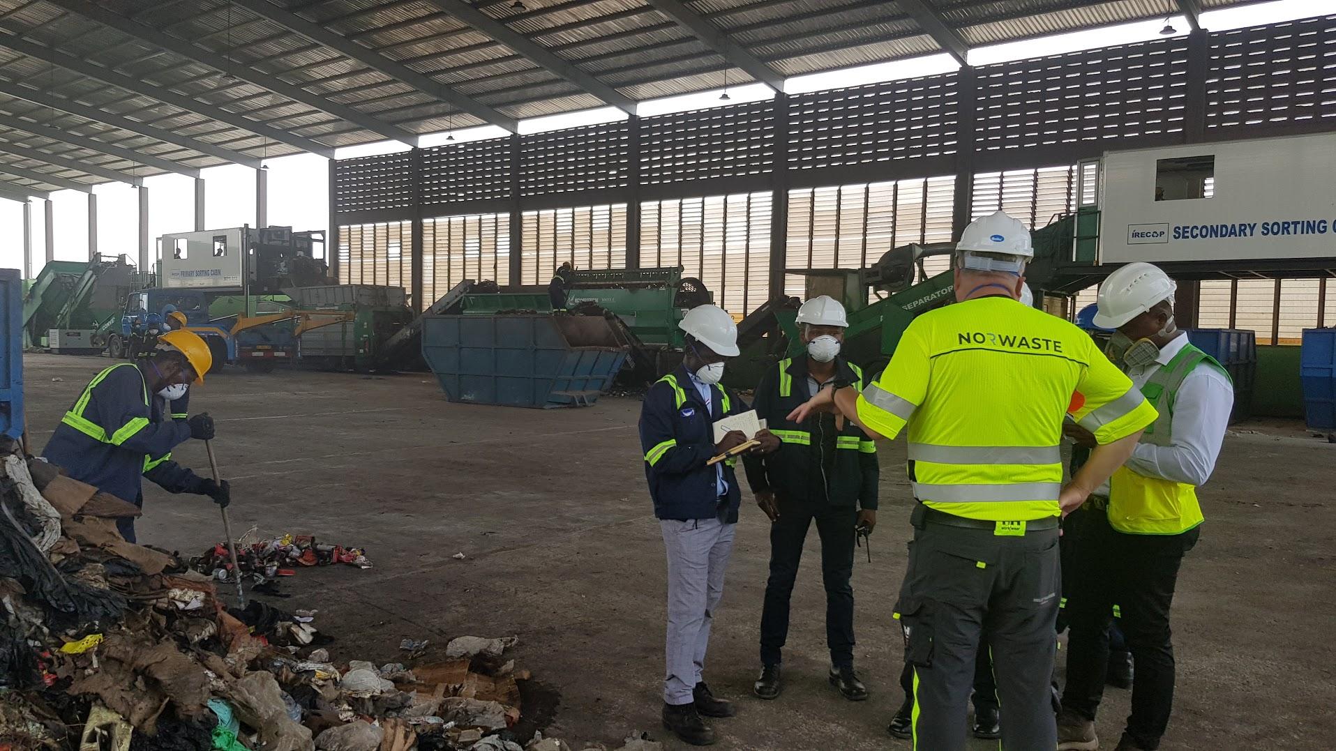 En av suksessfaktorene i Ghana-prosjektet har vært godt samarbeid med lokale renovasjonsbransje, både formell og uformell.
